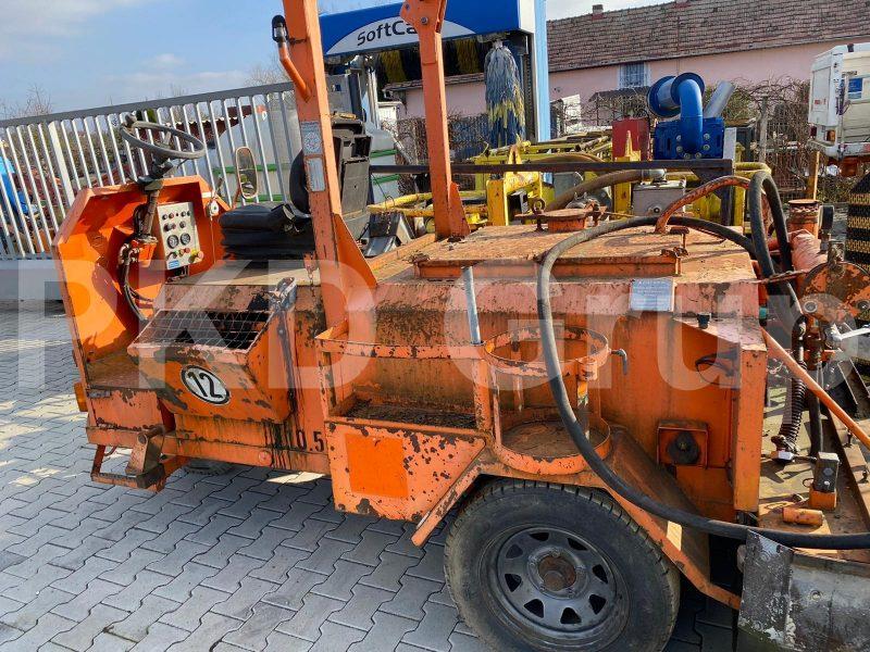 Masină de stropit emulsie pentru asfalt STRASSMAYR S-25-500-G