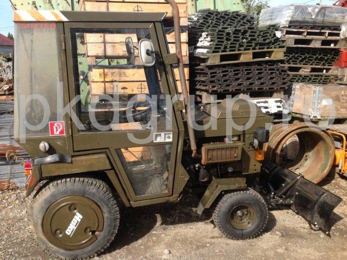 Tractoras HAKO 2300D